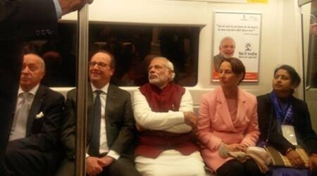 PM modi, French president Hollande, hollande in india, modi hollande in delhi metro, narendra modi with hollande, delhi metro , india news
