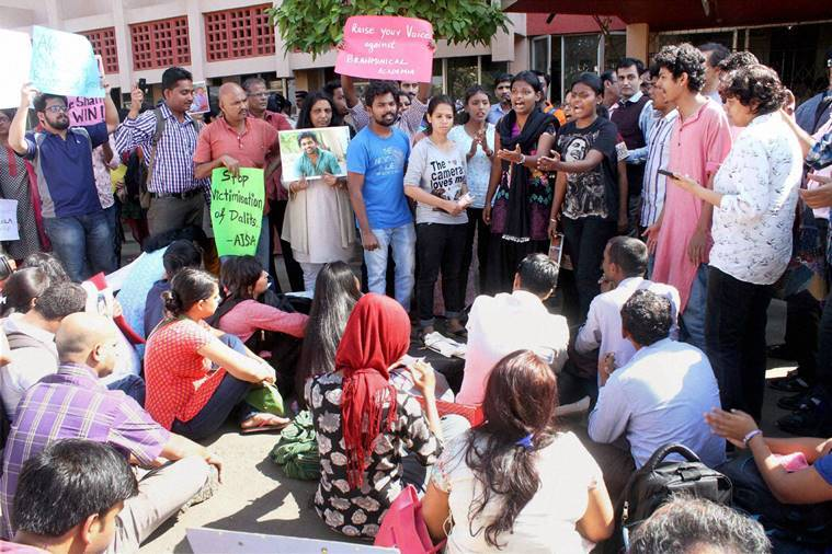 Mumbai: Students protest against over the death of dalit research scholar Rohith Vemula of Hyderabad University, at Kalina University in Mumbai on Tuesday. PTI Photo (PTI1_19_2016_000326B)