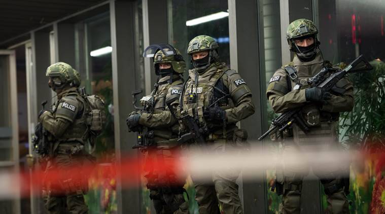 germany, munich, munich alert, germany alert, IS attacks, Islamic State, new year threat, new year in germany, terror threat to Germany, suicide bomb, Germany terror threat , germany trains shut , munich trains shut on new year, germany news, new year news, world news