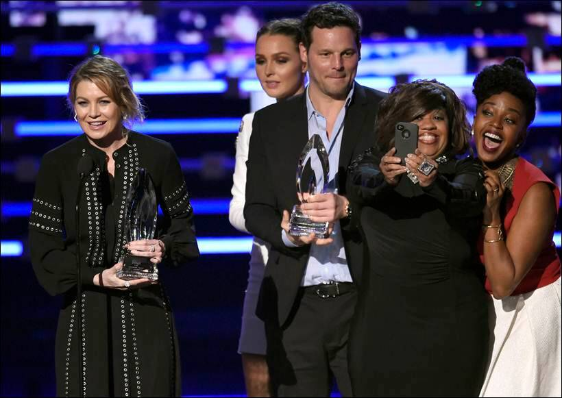 peoples choice awards, winners at people choice awards