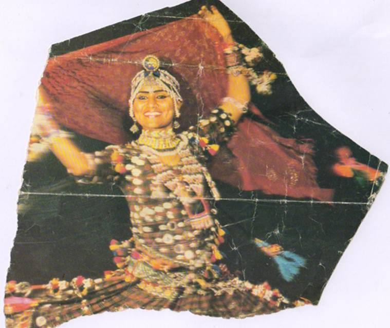 An old picture of Gulabo performing Sapera dance.