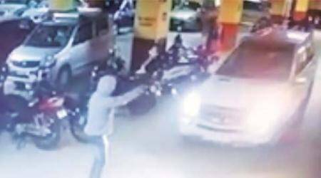 attack, gym owner attack, pune news