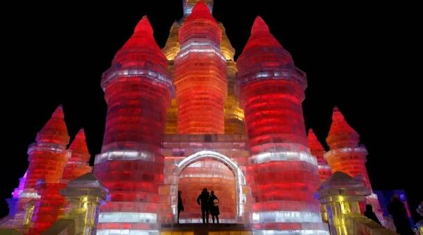 Breathtaking pictures from China's Harbin ice and snow festival