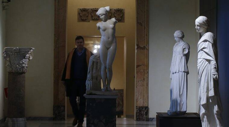 Italy Hides Ancient Nude Statues For Iranian President -4670