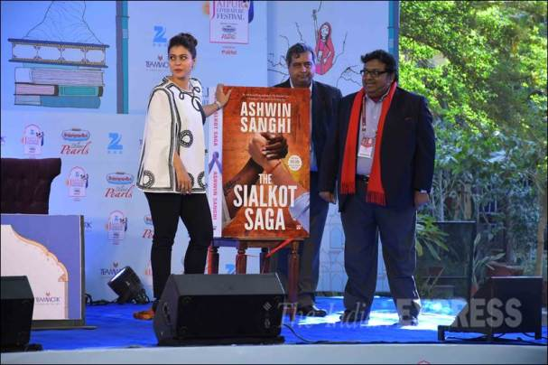 Kajol, Jaipur Literature Festival, Dilwale, Ashwin Sanghi, Ashwin Sanghi book, Jaipur Literature Festival news, Kajol lit fest, Kajol Jaipur Literature Festival, entertainment photos