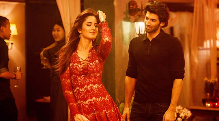 Katrina Kaif, Fitoor, Aditya Roy Kapur, Katrina Kaif aditya roy Kapur, Katrina Kaif Fitoor, Katrina Adtiya, Katrina Kaif in Fitoor, Katrina, Katrina Kaif Red Hair, Katrina Kaif Kashmiri Girl, Katrina Kaif Fitoor Movie, Entertainment news