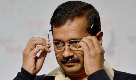 I am the wall between my ministers and Centre: Kejriwal