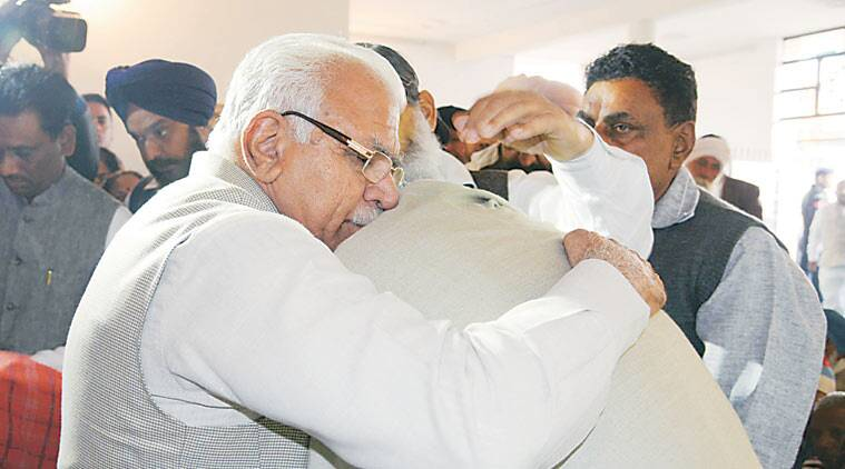 Khattar at Gursewak's home, Tuesday.