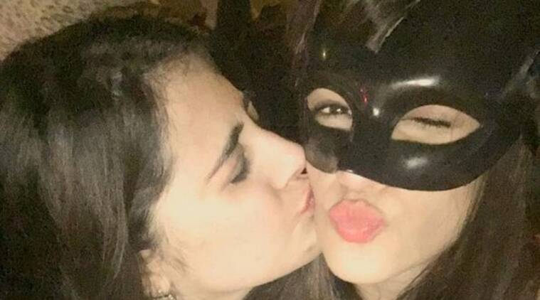 dilwale actress kriti sanon parties in delhi with a mask to avoid