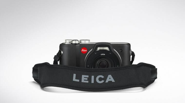 The Leica X-U can be submerged in water up to 49 feet (Source: Leica)