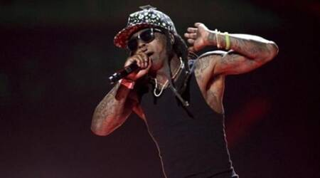 Lil Wayne leaves stage during Italy performance