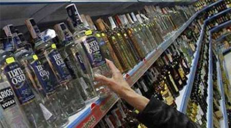 Delhi:Excise notice warns against illegal liquor in farmhouses, halls