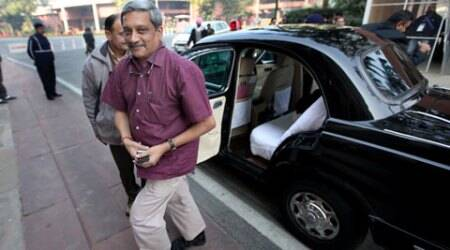 Govt to set up committee to review security of defence bases: ManoharParrikar