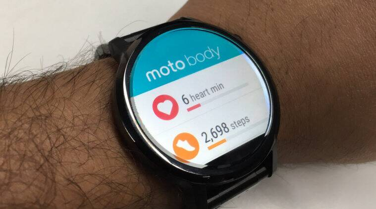 Motorola, Motorola Moto 360 review, Moto 360 (2015) REVIEW, Moto 360 2 review, Motorola Moto 360 features, Moto 360 1 vs Moto 360 2, Moto 360 flipkart, Android Wear, wearables, smartwatch, technology news
