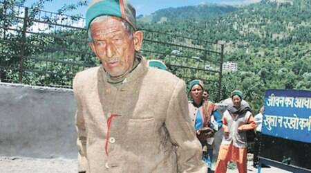 At 98, independent India's oldest voter casts his vote for Himachal panchayat polls