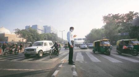 Odd-even: More traffic personnel, volunteers deployed on Day 2