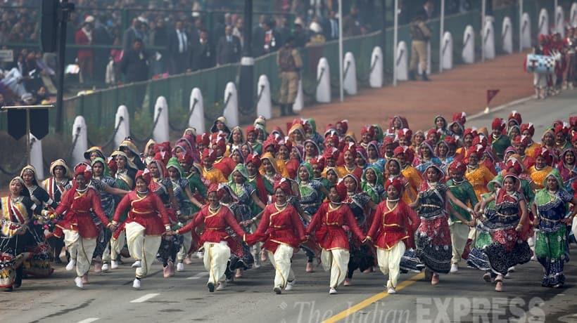Republic day, Republic Day Celebration, Republic Day Parade, Republic Day Mumbai pics, Republic Day Mumbai Photos, Mumbai, francois hollande, Narendra Modi, Pranab Mukherjee, Republic day pics, republic Day Photos, Republic day 2016, republic day images, republic day images 2016, republic day Parade