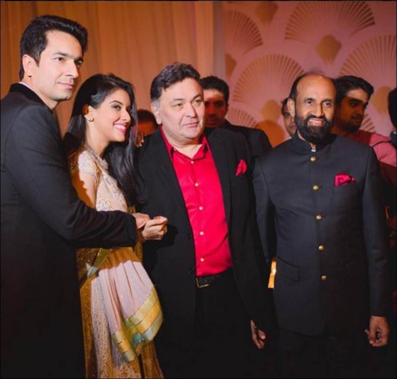 Photos Inside Pictures Of Asin And Rahul Sharmas Wedding Reception