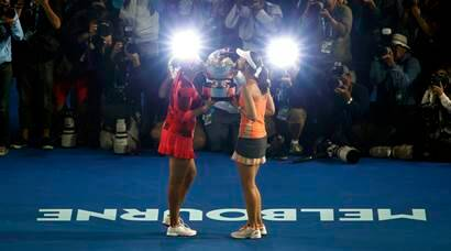 Sania Mirza-Martina Hingis win Australian Open 2016 women's doubles title