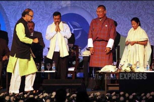 Arvind Kejriwal, Arun Jaitley, Arvind Kejriwal arun jaitley, Mamata Banerjee, Bengal Global Business Summit, Kejriwal Jaitley, Kejriwal Jaitley together, Kejirwal Jaitley Pics, Arvind Kejriwal Arun Jaitley photo, Bengal Global Summit Photos
