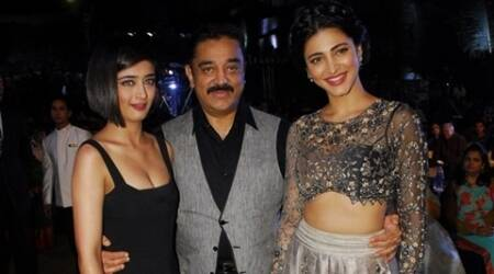 Sarika proud of daughters Shruti, Akshara's work