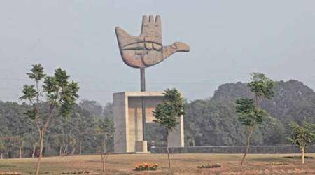 Civic chief meets Chandigarh team to seek tips on smartcity