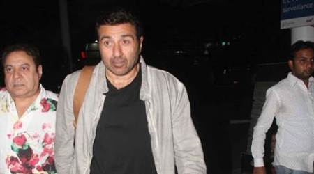 Sunny Deol has plans to screen 'MohallaAssi'