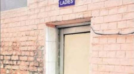 Mason held for molesting minor in public toilet
