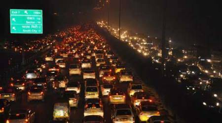 A smooth drive into 2016 for vehicle segment: Alto still ahead ofothers