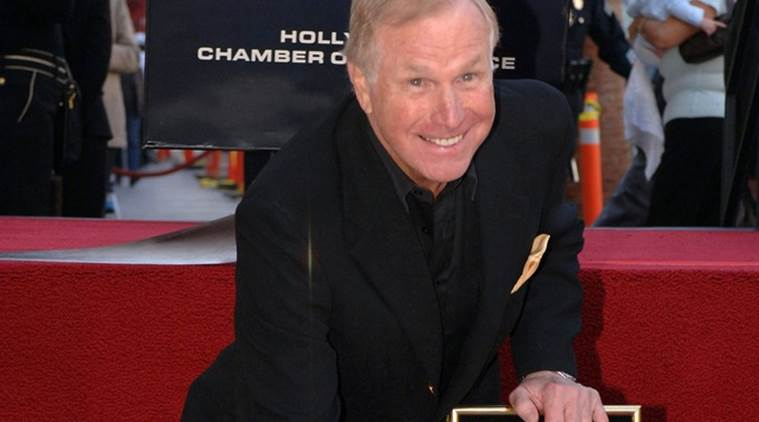 Wayne Rogers, Wayne Rogers death, Wayne Rogers died, Wayne Rogers news, Wayne Rogers works, mash, entertainment news