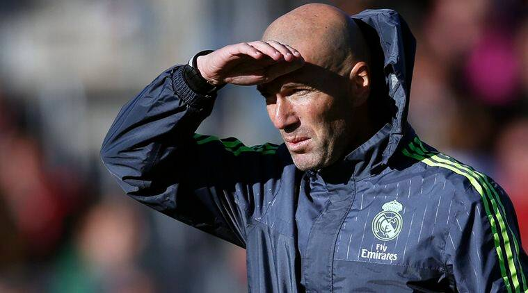 Zinedine Zidane attends a training session with Real Madrid players.(Source: Reuters)