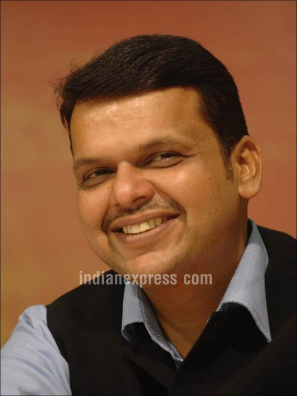 Maharashtra, Maharashtra CM Devendra Fadanavis , Water woes in Maharashtra, Devendra Fadanavis turns teacher, Devendra Fadanavis teaches students, Devendra Fadanavis on water management, farmer water woes in Maharashtra, Maharashtra News, India News, latest news