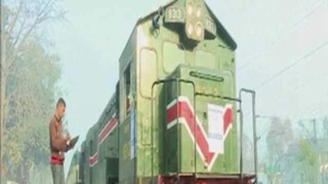 Train service between India, Pakistan resumed