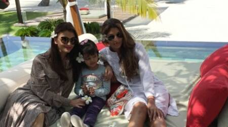 Aishwarya Rai, Aaradhya and Shweta in a picture posted by Amitabh Bachchan