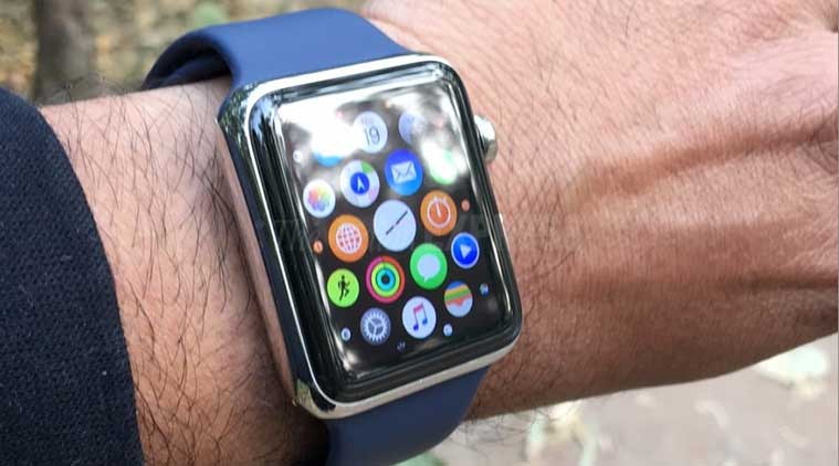 apple, apple watch, apple watch shipments, apple watch canalys, samsung, pebble, fitbit blaze, smartwatches, tech news, technology