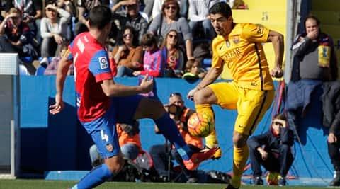 La Liga, La Liga results, Barcelona, Barcelona win, Barcelona vs Levante, Barca, Luis Saurez, Saurez, Saurez goal, football news, Football