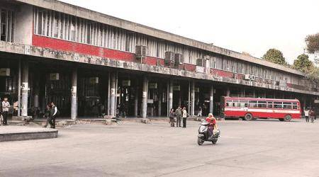 ISBT bus stands, honking ISBT, bus terminal delhi, indian express, india news, latest news