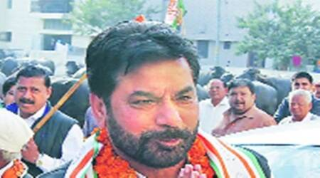 Chandigarh: 2,000 in a colony in my ward defecate in the open, says Cong councillorChawla