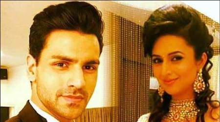 Fans want to see Divyanka Tripathi, Vivek Dahiya get mushy on 'Ye Hai Mohabbatein'