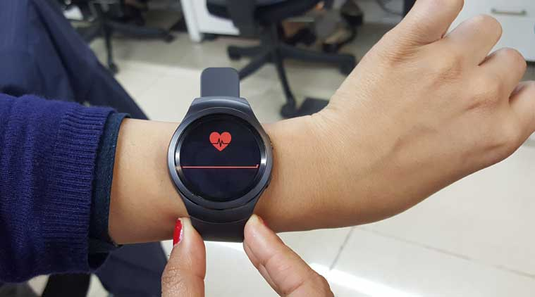 MWC 2016, Wearables, Connected wearables, Wearables for workers, Fitbit, Apple Watch, Gear S2, Wearables in India, technology, technology news