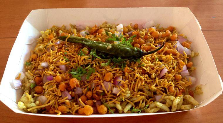 Its all about girmit and bajirao misal in bengaluru moms cooking mumbai bangalore foodies misal misal pav food eateries restaurants forumfinder Image collections