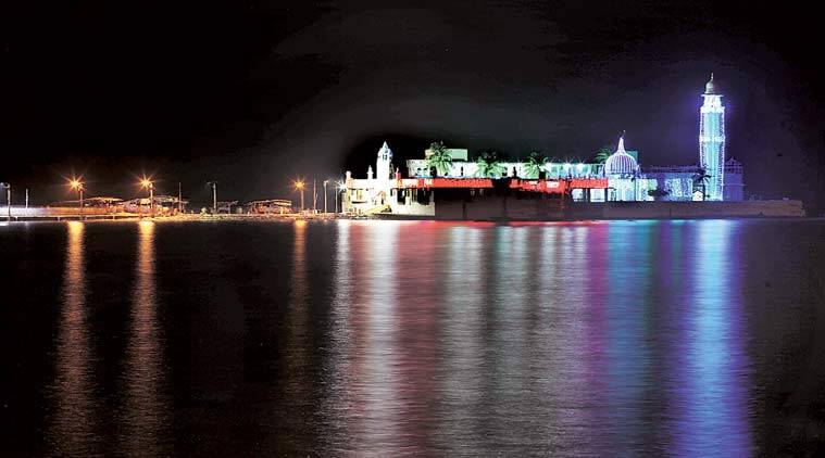 Haji Ali's serenity, Haji Ali's dargah, tourist spot, mumbai news