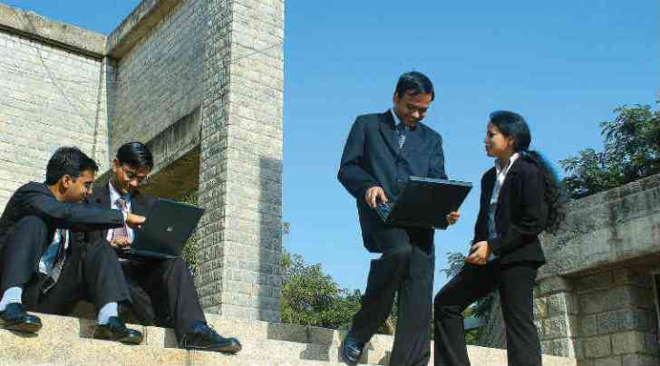 top management colleges, india ranking management, top indian mba colleges, nirf, nirf ranking, hrd minstry, top 10 Management institutes in the country,top indian college ranking, indian education ranking, HRD ranking 2016, education news, mba collges, top management colleges in india, govt ranking managment, smriti irani, education news