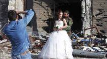 Love in the time of war: Stunning wedding photography amid the Syrian ruins