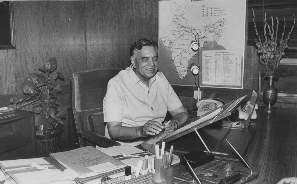 Congress leader Balram Jakhar in his office *** Local Caption *** Congress leader Balram Jakhar in his office. Express Photo by R K Sharma 030799