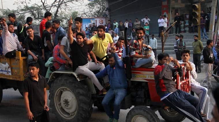Jat protesters blocked the main Delhi Haryna road at Mundka metro station. (Express Photo by Gajendra Yadav)