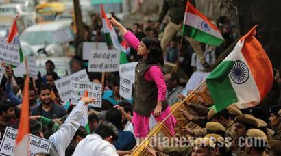 JNU, JNU protest, patiala house court, patiala house court protest, JNU protest Pics, JNU protest Photos, lawyers protest, anti national jnu, Kanhaiya Kumar, Jawarharlal Nehru University