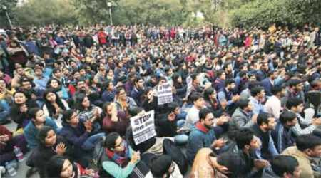 JNU row, JNu protest, patiala house court, incident of violence, patiala house court violence, kanhaiya kumar, supreme court, delhi police, BS bassi, afzal guru, anti india slogans, OP Sharma, india news, indian express editorial