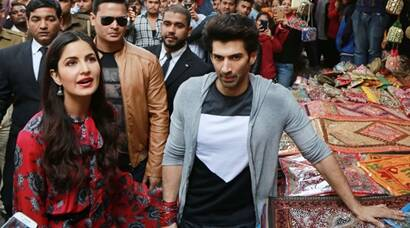 Fitoor actors Katrina Kaif, Aditya Roy Kapoor go shopping at Janpath, Delhi