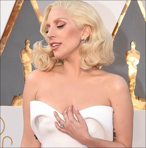 oscars, lady gaga, oscar awards lady gaga, lady gaga jewelley